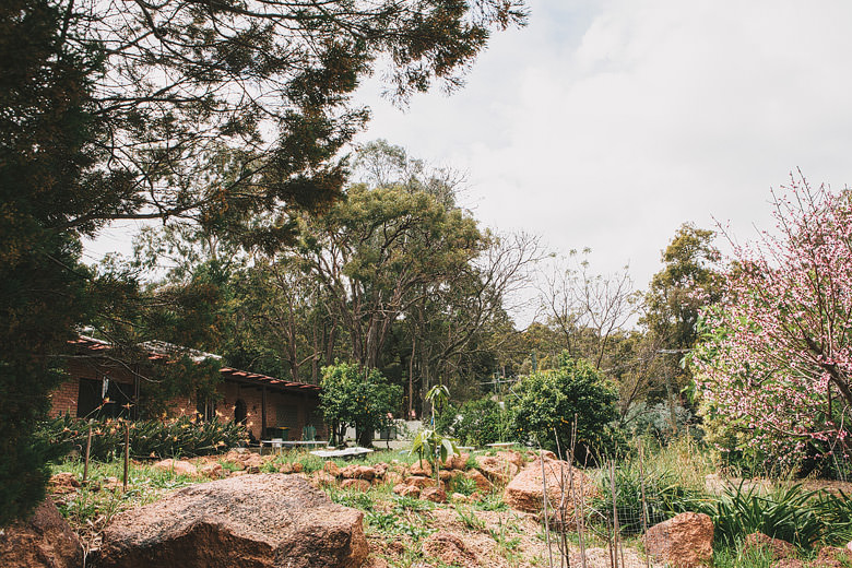 Perth hills wedding, backyard