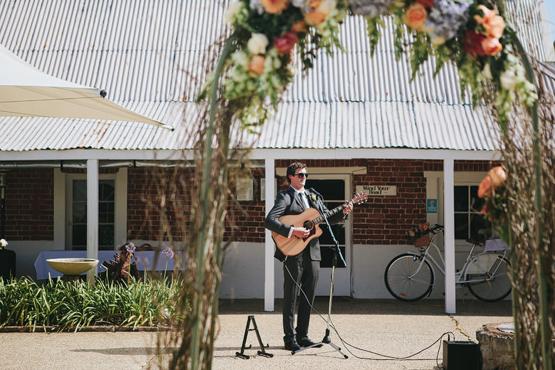 newtown house wedding ceremony busselton gutarist